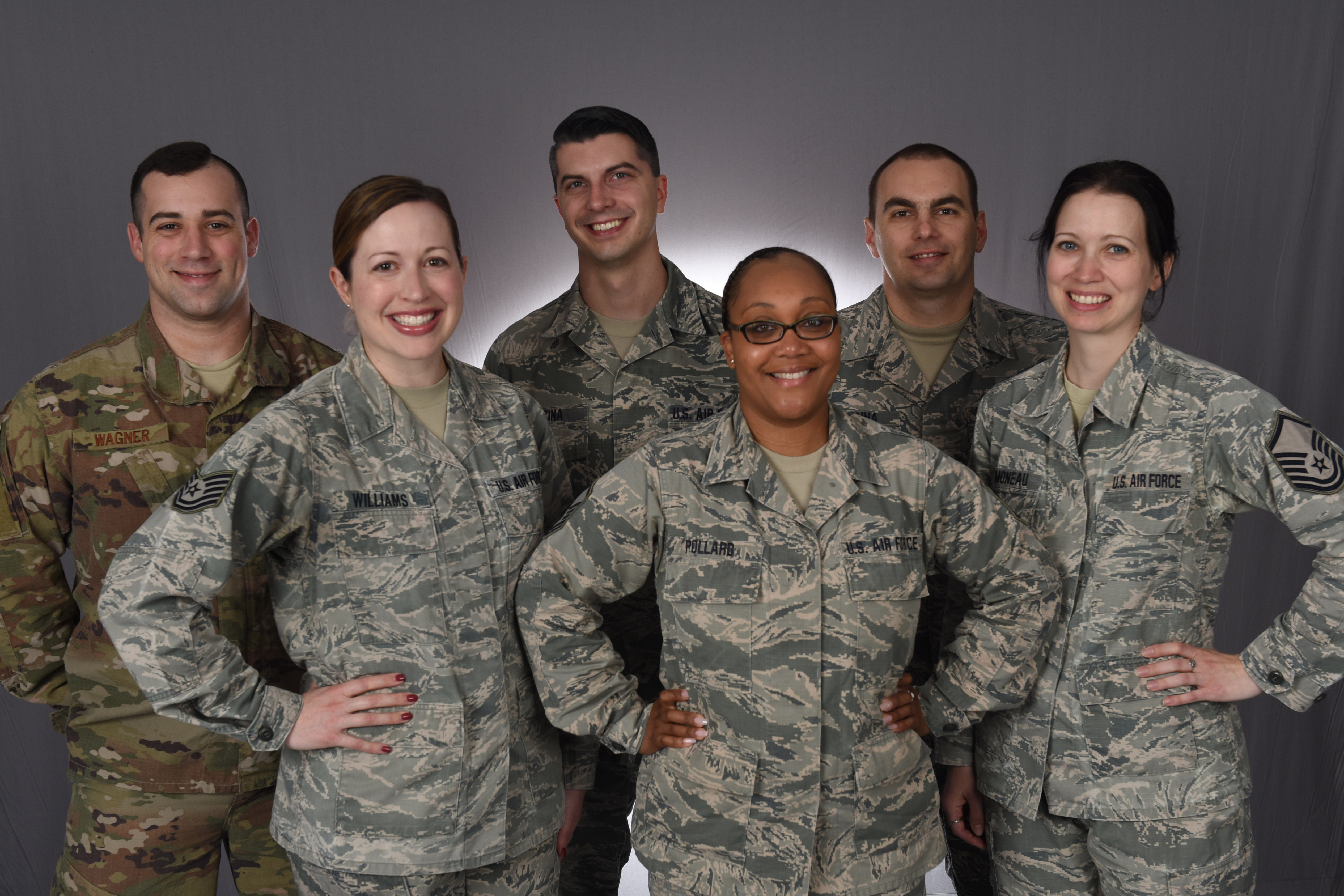 Group photo of 171st recruiting team